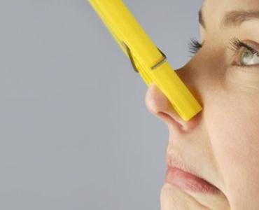 время неприятный запах изо рта